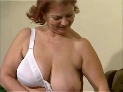 Granny BBW Ildiko Group Going to bed