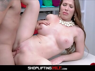 Big Jugs MILF Bianca Burke Smelly Con job Agrees To Have a go Sex Close by Officer For No Receipt